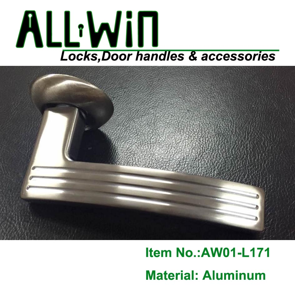 AW01-L171 Ukraine Aluminum Door Handle on Round Rose